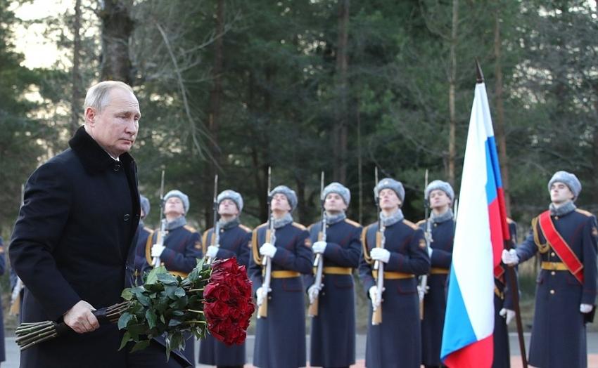 Putin: Taparemos la boca a quienes intentan reescribir la historia