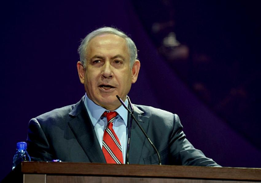 """Netanyahu: """"Hamás rogó por el cese del fuego""""."""