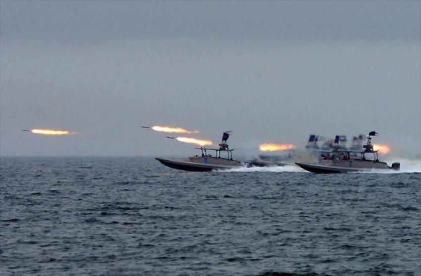 Irán amenaza con cerrar el estrecho de Ormuz ante el endurecimiento de las sanciones de EEUU