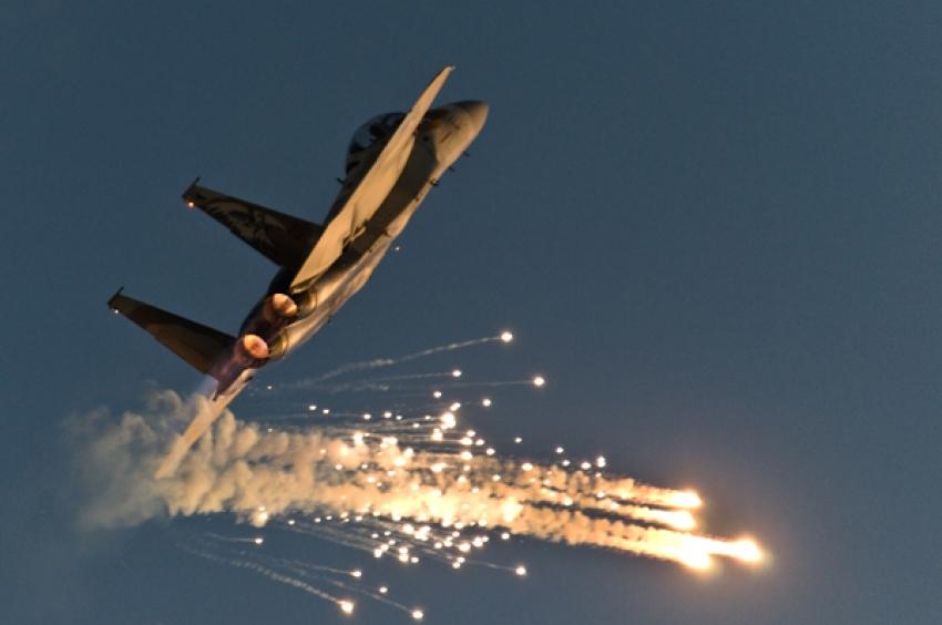 """Siria: """"Israel atacó Damasco, un depósito fue dañado en el aeropuerto""""."""